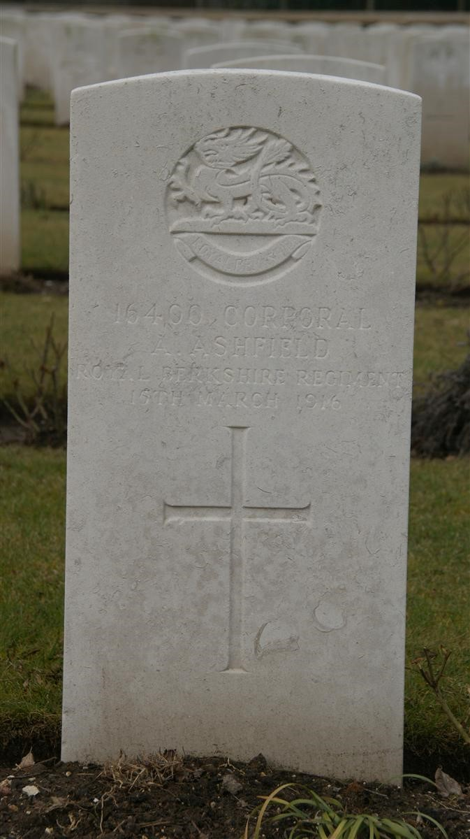 Alfred Ashfield's grave in France