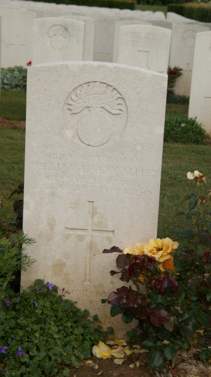 Harry Allen's grave in France
